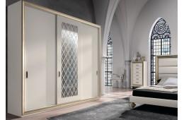 Шкаф для одежды с раздвижными дверями